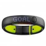 Nike+ FuelBand SE Fitness Monitor Wrist Band - Small w/Bluetooth 4.0 (Black/Volt) - Retail Hanging Package