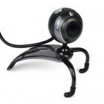 i-Concepts Deluxe 640x480 USB 2.0 Webcam w/Built-in Microphone & LCD Clip-On (Black)